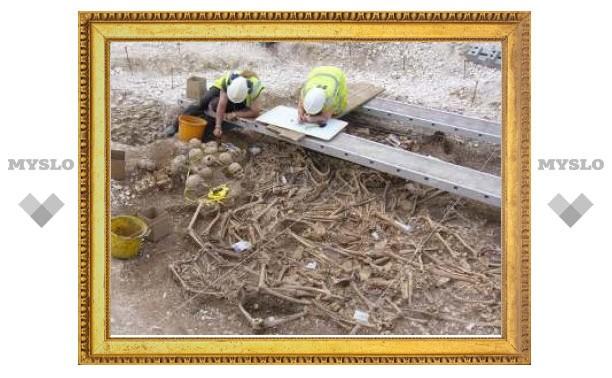 В Англии нашли могилу обезглавленных викингов