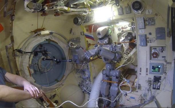 Космический корабль с тульскими пряниками вернулся на Землю
