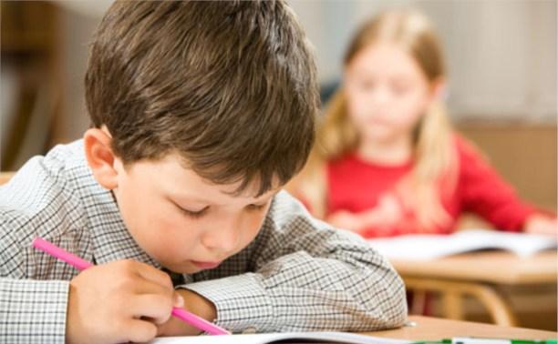 В России запретят школьные товары с черепами и сценами насилия