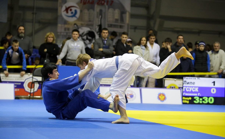 В Туле завершился турнир по дзюдо в честь юных героев