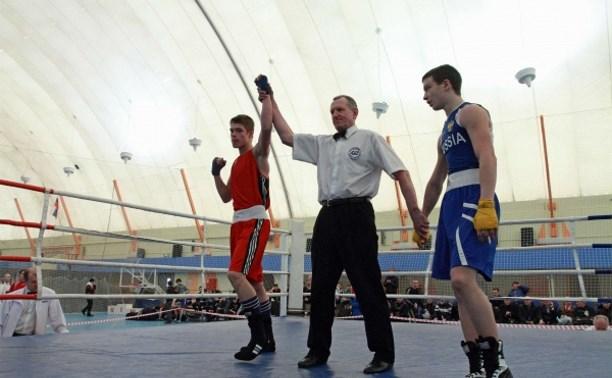 Воспитанник ДЮСШ «Металлург» стал победителем первенства ЦФО по боксу