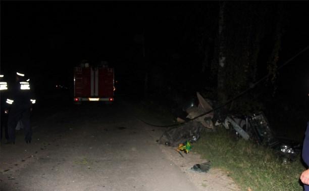 Три человека пострадали в ночном ДТП с «Ладой Приорой»