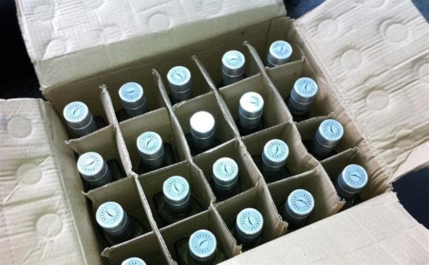 В Воловском районе мужчина украл 15 литров водки и печенье