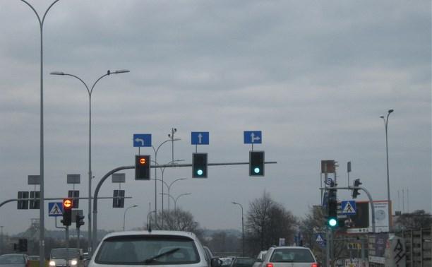 В России могут появиться светофоры над каждой полосой дороги