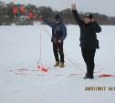 Спасатели провели для алексинских школьников мастер-класс по спасению на воде зимой