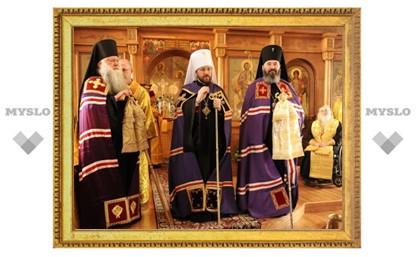 Митрополит Иларион возглавил Божественную литургию в кафедральном соборе в Чикаго