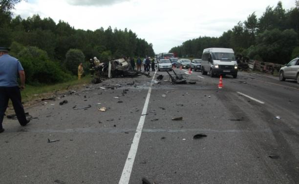 Причиной страшного ДТП на М2 стала ошибка водителя «Ниссана»