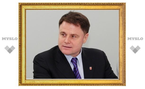 Владимир Груздев предложил неформалам участвовать в грантах и разрабатывать бизнес-планы
