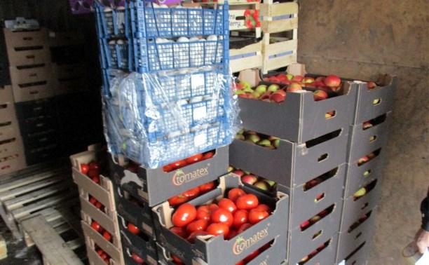 На тульском рынке нашли санкционные яблоки и грибы