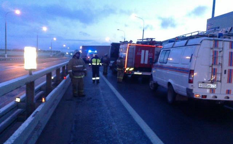 В Тульской области автобус протаранил грузовик: один из водителей погиб и 9 человек пострадали