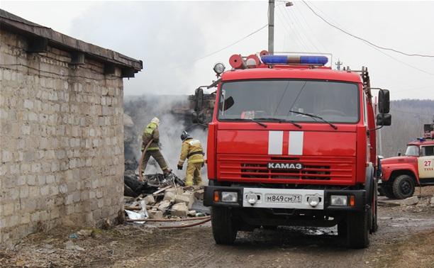 На Косой Горе сгорел гараж с автомобилем
