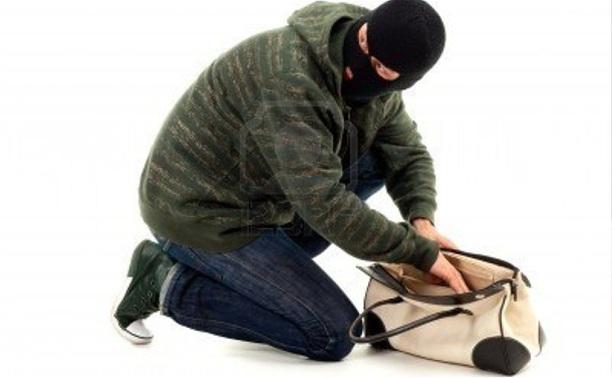 Случайные прохожие помогли поймать грабителя на рынке