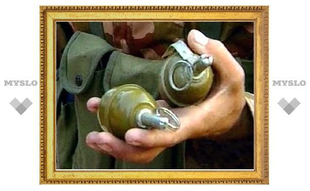 На берегу Упы нашли ящик с гранатами