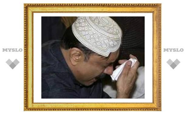 Муж Бхутто обвинил власти Пакистана в некомпетентности