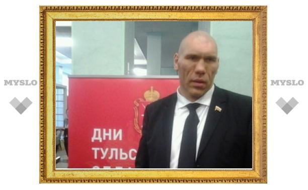 Николай Валуев: «Я охотник! Уважаю тульское оружие, пряники!»