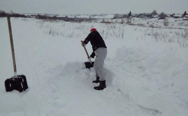 Дороги в деревне Бородино Киреевского района не чистят от снега