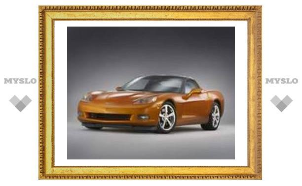 Chevrolet показал новый Corvette