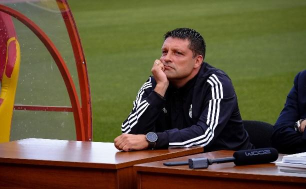 Неизвестные вскрыли Land Cruiser главного тренера «Арсенала»