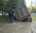 Работы на месте провала грузовика в Туле были оформлены с нарушениями