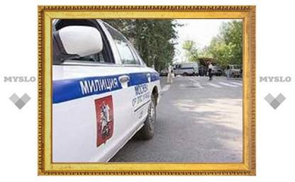В Москве задержана банда девочек, которая под угрозой ножа грабила прохожих