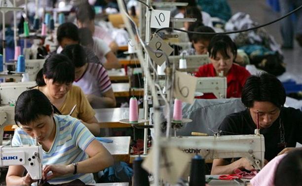 В Тульской области прокуратура закрыла нелегальный пошивочный цех