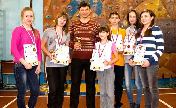 Тульские спортсмены заняли второе место в соревнованиях по скалолазанию