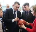 Врио губернатора Тульской области Алексей Дюмин посетил новомосковский ФОК «Мечта»