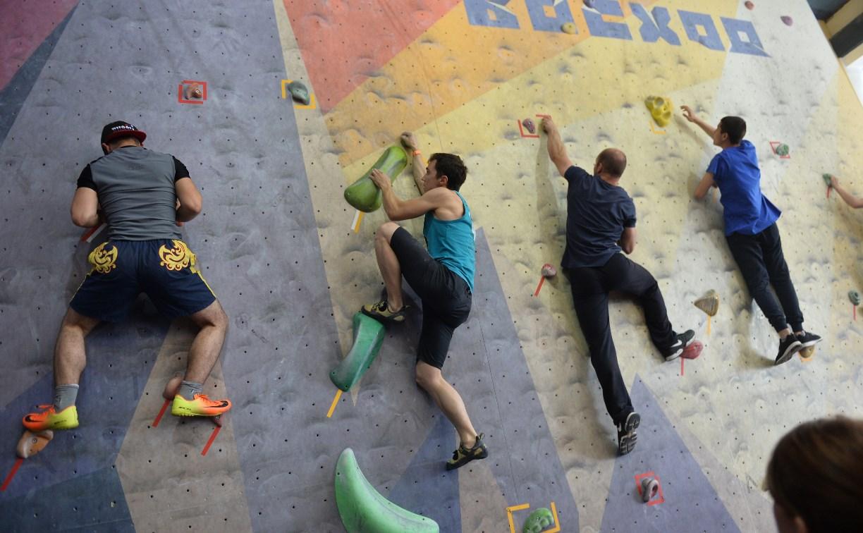 На тульском скалодроме прошли соревнования «Молодежь, на старт!»
