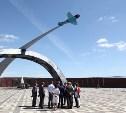 Владимир Груздев проинспектировал строительство мемориала «Защитникам неба Отечества»