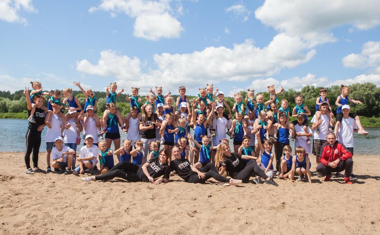 Как тренируются в летнем лагере акробаты и боксеры Тульской области
