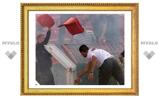 Греческое правительство запретило фан-клубы