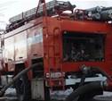 Пожарные спасли жизнь хозяину горевшего дома