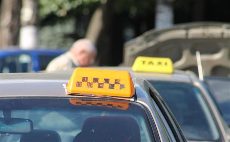В Суворове пассажиров катал по маршруту водитель без лицензии