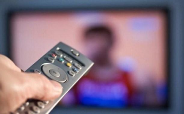 В Госдуме предложили запретить рекламу на новогодние каникулы