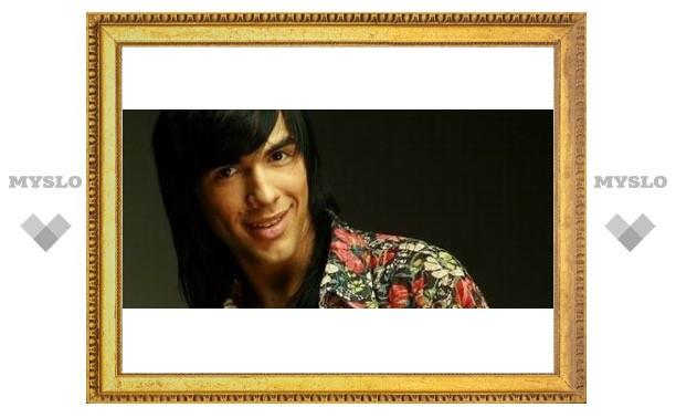 Тульского певца пригласили в Париж