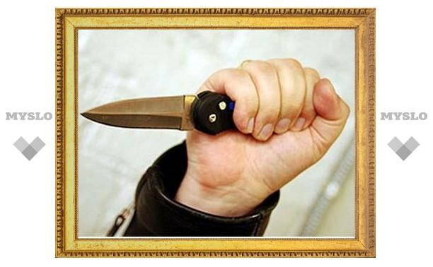Житель Тульской области случайно зарезал собутыльницу