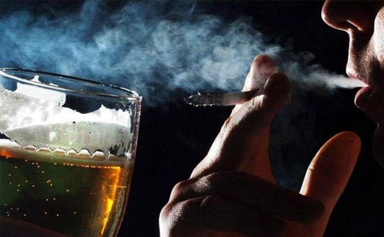 Россияне стали меньше пить и курить