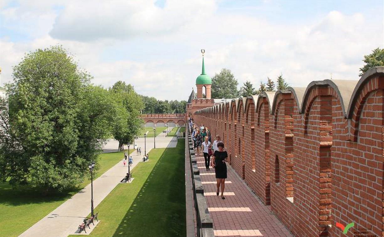 Туляков и гостей города приглашают на прогулку по кремлевским стенам