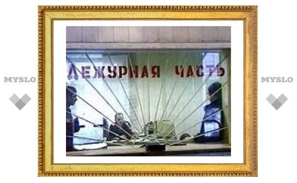 В Москве неизвестные выбросили из Mercedes тело девушки с перерезанным горлом