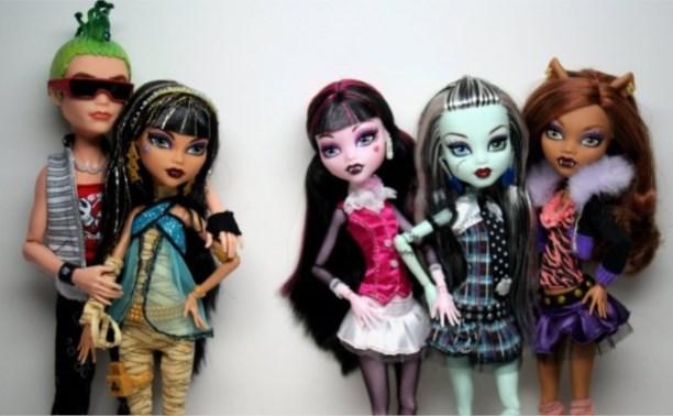 В Госдуме предложили запретить игрушки Monster High