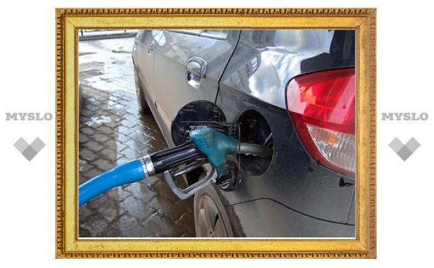 Таджикистан и Киргизия попросили Россию обнулить пошлины на бензин