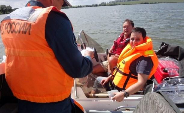 Сотрудники тульской ГИМС провели рейд на реке Воронке