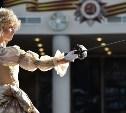 В музее оружия показали театральное шоу