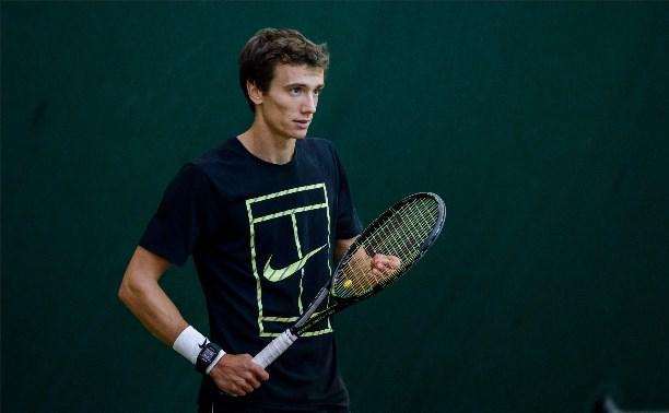 Андрей Кузнецов вышел в четвертьфинал турнира во Франции
