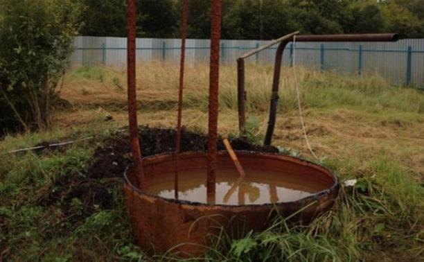 Жители села Барыково Тульской области больше месяца живут без воды