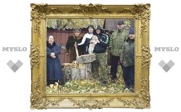 «Слобода» помогла спилить опасное дерево