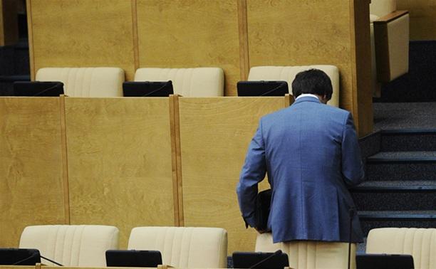 13 политических партий ввяжутся в борьбу за депутатские кресла