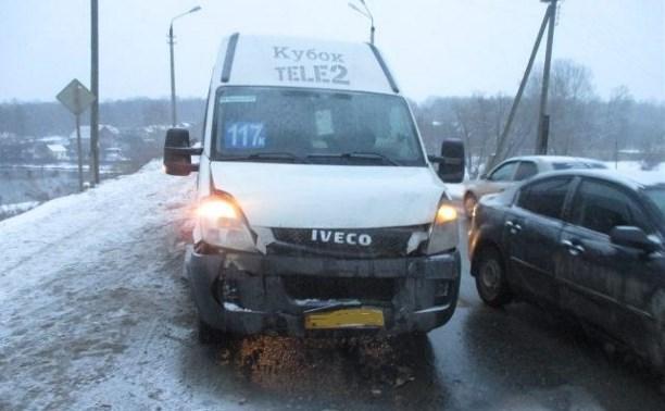 В аварии с маршрутками на Косой Горе пострадали три человека