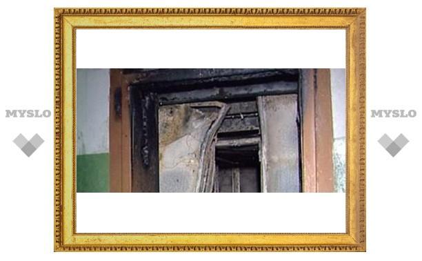 В Туле ловят поджигателя лифта