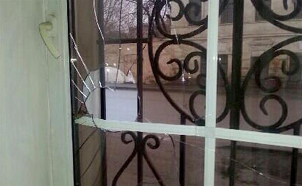 В Туле пытались поджечь офис партии «Справедливая Россия»